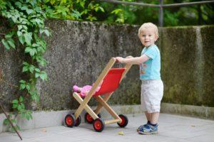 Puppenwagen für Jungen
