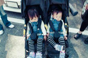zwillingskinderwagen gurt