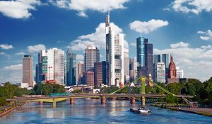 Frankfurt Kitaplatz finden