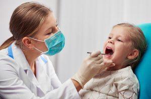 Zahnarzt für Kinder finden