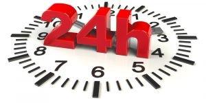Uhr mit 24 Stunden
