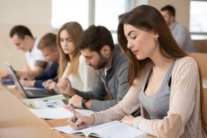 Bildung und Stellenanzeige Kita Praktikum