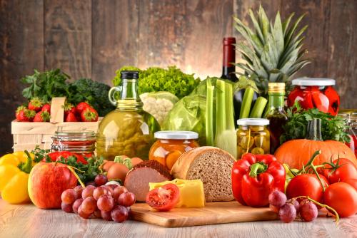Auswahl verschiedener Lebensmittel
