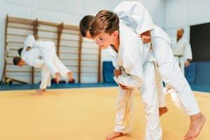 Kinder ueben Judo