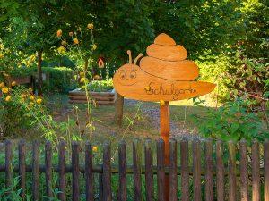 Schulgarten als Wissensspiel draußen