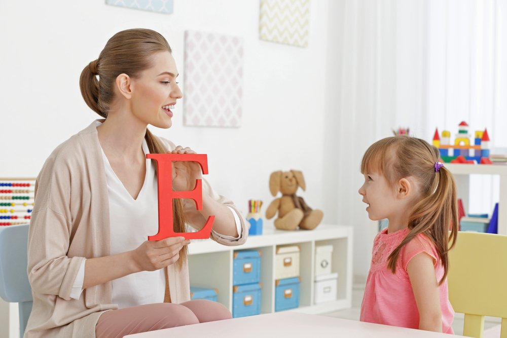 Spiele zur Sprachförderung: So fördern sie die Sprache ihrer Kinder