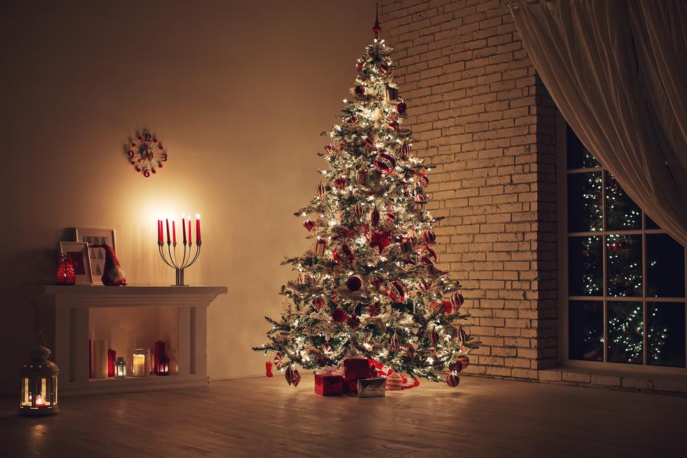 Weihnachtsspiele für Kinder unterm Weihnachtsbaum