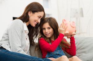 Kindergeld Anträge müssen bei der Familienkasse gestellt werden.