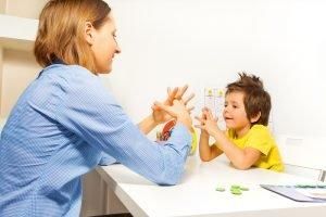 Kind mit Asperger
