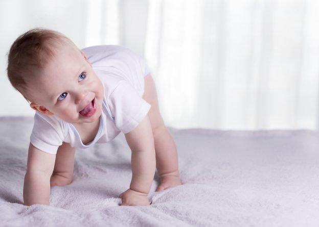 Das könne sie tun wenn ihr Baby blaue Flecken hat
