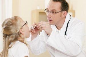 Kinderarzt Untersuchung