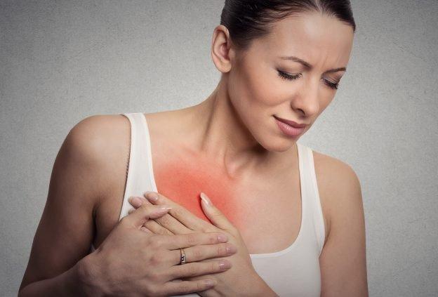 Eine Brustentzündung kann nach dem Stillen auftreten