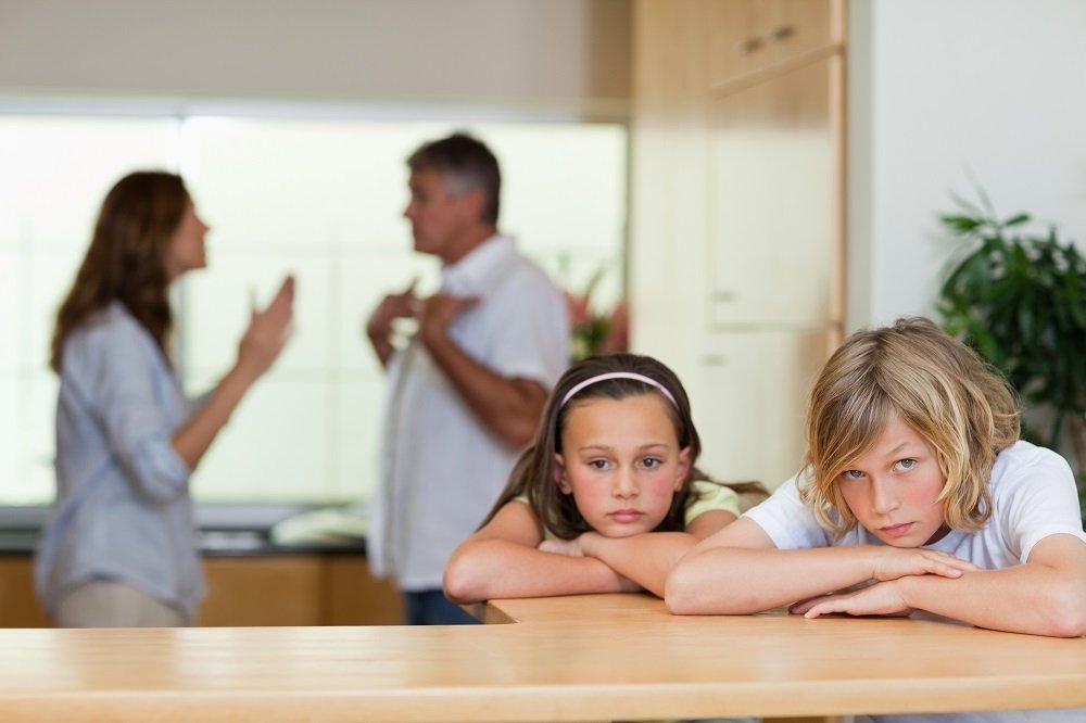 dysfunktionale Familie beim Streit
