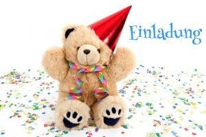 Geburtstagseinladung mit einem Teddybären