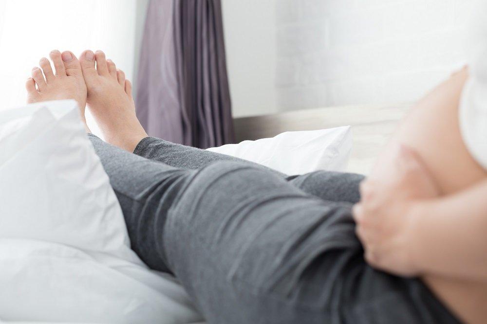 Wasser in den Beinen während der Schwangerschaft: Das hilft