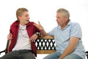 Gespräch zwischen Vater und Sohn