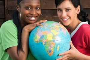 Frauen mit Globus