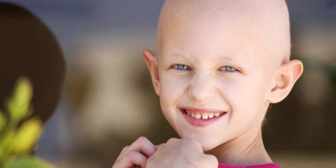 Kind mit Haarverlust