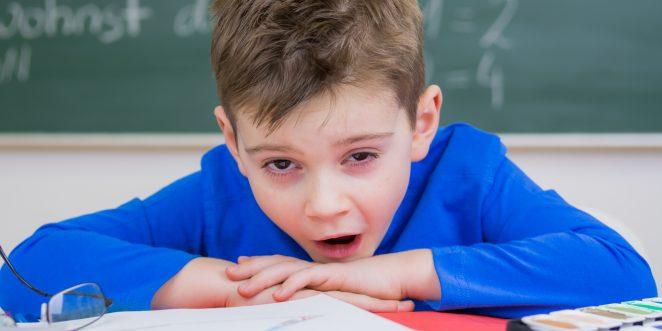 Kind mit Augenringen