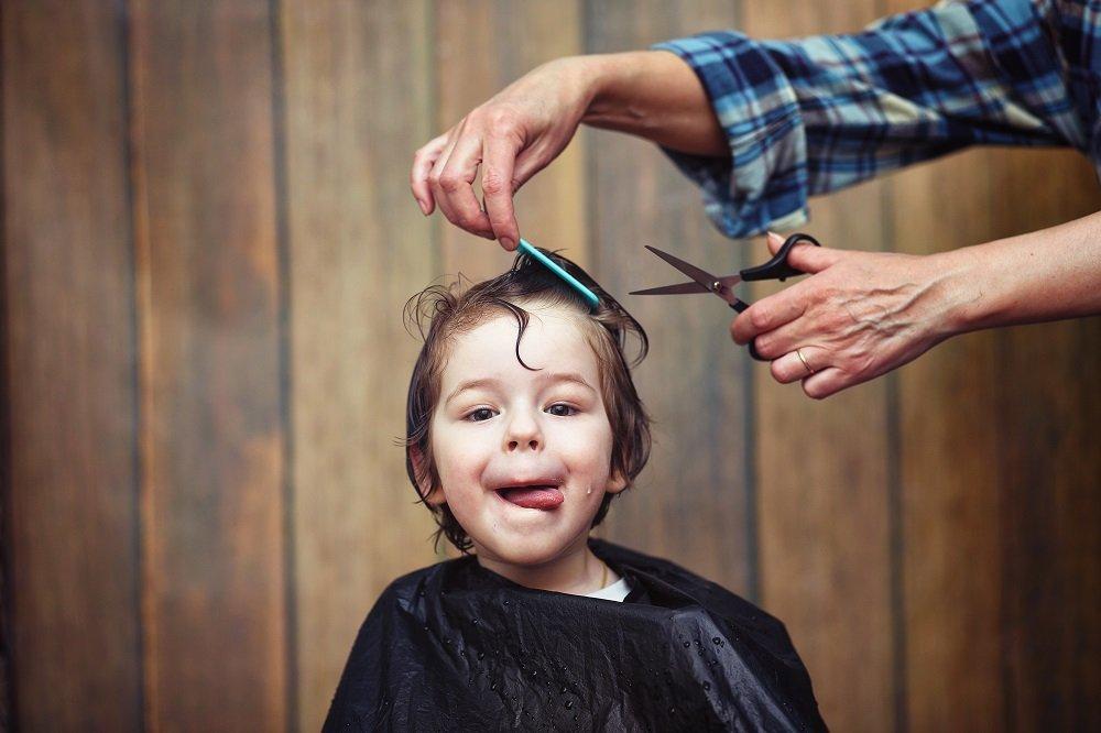 kinder haare schneiden