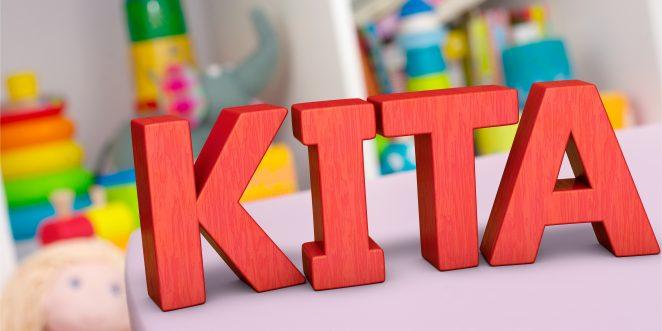 Buchstaben bilden wort kita im hintergrund spielsachen