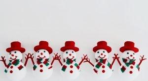 Schneemänner aus Styropor