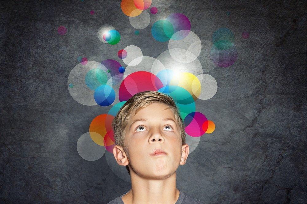 Junge hat sensorische integrationsstoerung