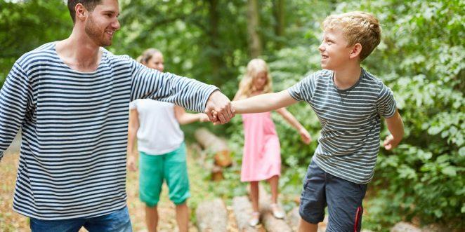 vertrauensspiele von eltern mit kindern