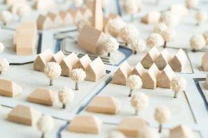 Modelllandschaft aus Holz und Karton