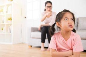 Mutter streitet sich mit ihrer Tochter
